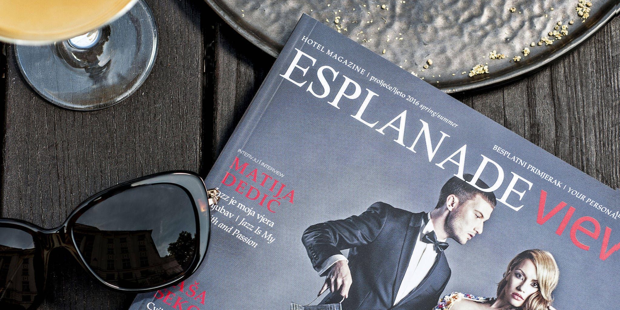 Get into the summer mood with the Esplanade View magazine!